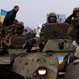 Боевики ВСУ продолжают обстреливать республики Донбасса