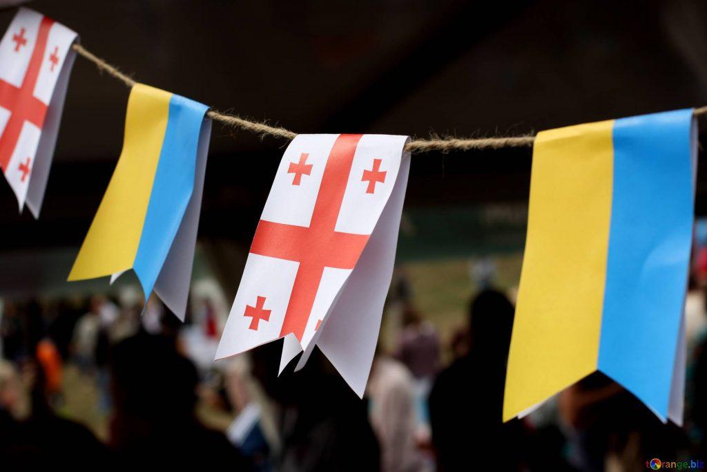 Нарочный диалог: Украинский «24 канал» душевно поговорит с «Рустави 2»