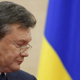 Суд ЕС снял санкции с плеч Януковича