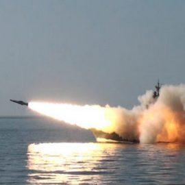 Пуски крылатых ракет «Москит» кораблями Тихоокенского флота РФ — [видео]