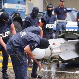 В Италии полиция во время рейда нашла ракету класса «воздух-воздух»
