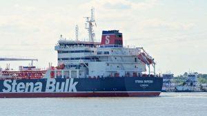 Иранские власти отпустили второй из ранее задержанных британских танкеров Mesdar, после того, как убедились в соблюдении судном экологических норм. Оператор судна подтвердил, что танкер был остановлен на короткое время иранскими силами, но сейчас отпущен и продолжает следовать по намеченному курсу.