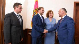 Депутаты Госдумы РФ и Совета Федерации встретились с главой Молдавии