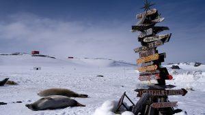 Кому мешает спокойно спать русская Антарктида?