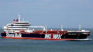 НАТО требует от Ирана освободить танкеры