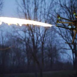 В США начались продажи дрона-огнемёта — [видео]