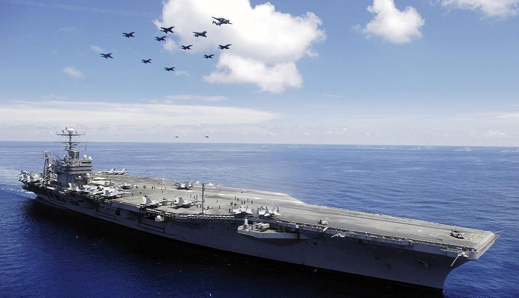 авианосец США USS Abraham Lincoln