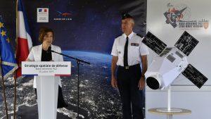 Франция обвинила Россию в «ослеплении» западных спутников