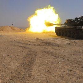 Видео: Т-90А сирийской армии поразил пикап боевиков