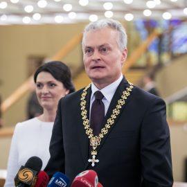 Науседа опасается китайских инвестиций для литовского порта Клайпеды