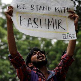 Индия отменила автономию Кашмира. Пакистан разрывает дипотношения