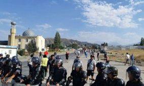 милицейский кордон возле Бишкека
