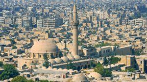 Россия и Турция совместно патрулируют город Тель-Рифат на севере Сирии