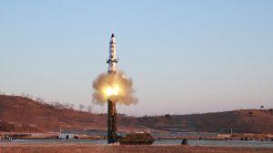 КНДР осуществила очередные ракетные пуски в сторону Японского моря, сообщает в субботу Южнокорейское агентство Yonhap со ссылкой на Объединенный комитет начальников штабов Вооруженных сил Южной Кореи.
