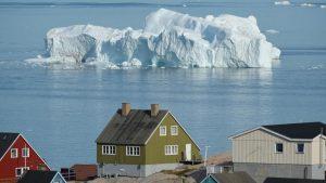 Госдепартамент США, на фоне растущего экономического и стратегического интереса Вашингтона к Гренландии, направил Конгрессу письмо с предложением вновь открыть на острове консульство США, что является частью плана по расширению присутствия Соединенных Штатов в Арктике.
