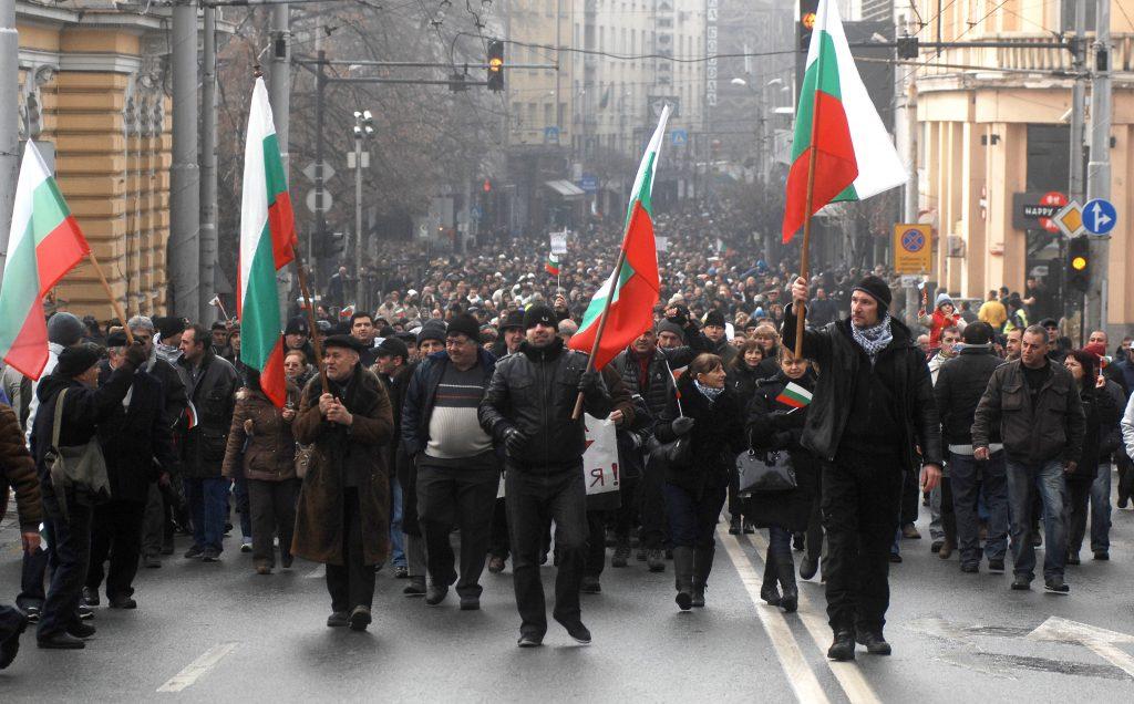 Больше половины болгар не видят причины для досрочных выборов в парламент