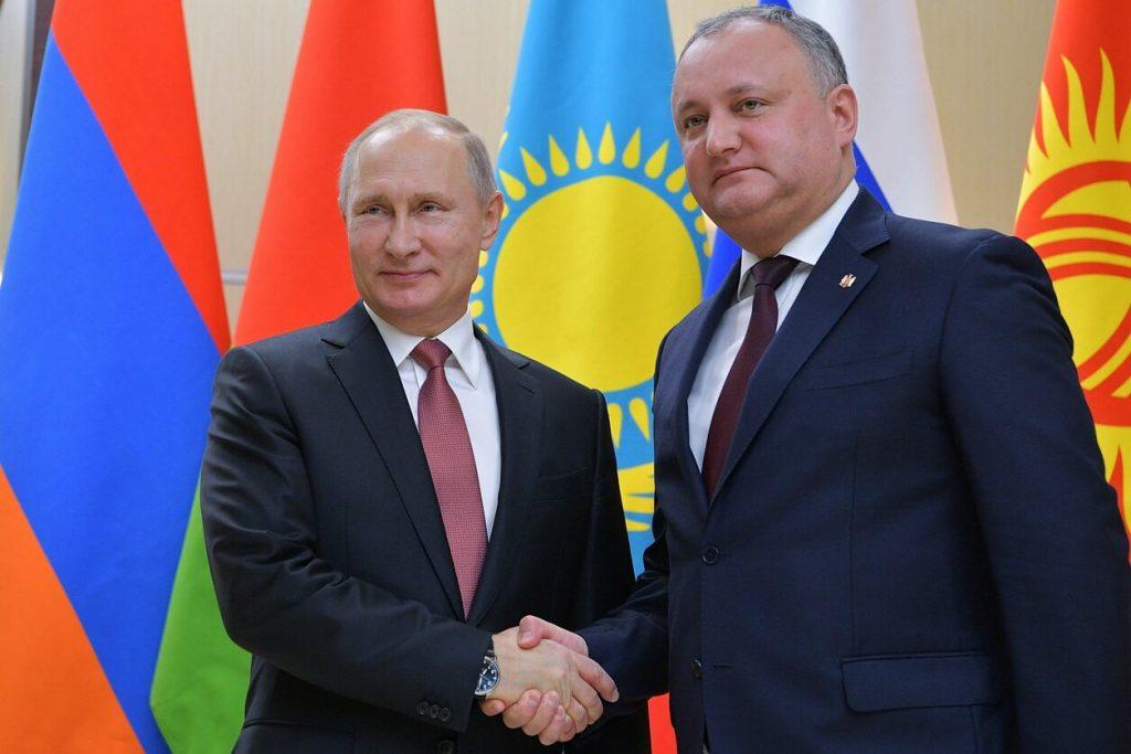Глава Молдавии поделился секретом популярности Владимира Путина