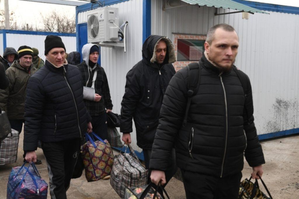 Откровения освобождённых о пытках в застенках СБУ потрясают
