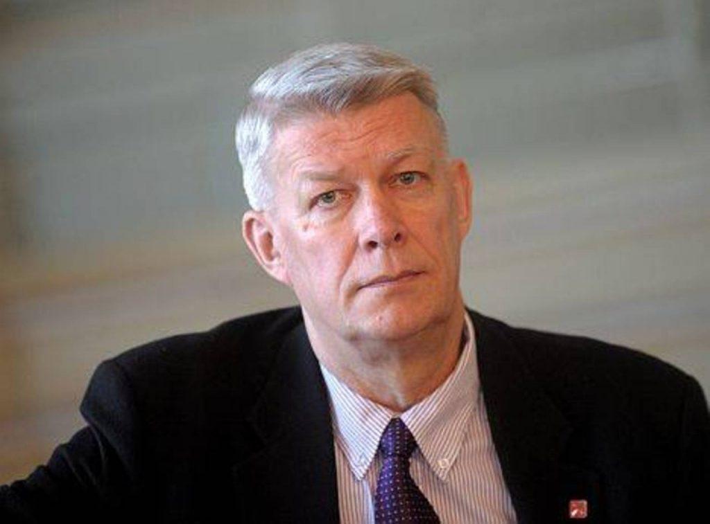 Экс-президент Затлерс: Латвия будет нуждаться в преподавателях русского языка