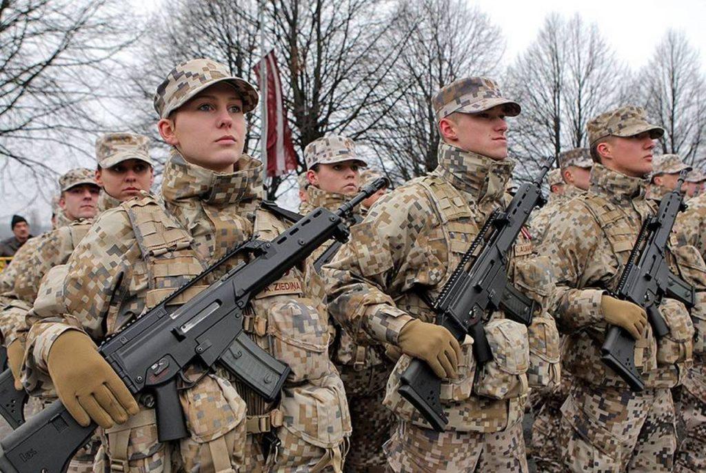 Рига увеличит число своих военных в Ираке