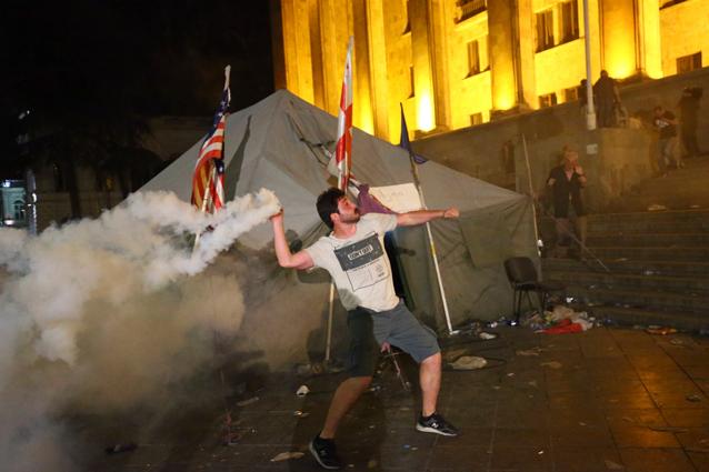 штурм парламента Грузии июнь 2019 года