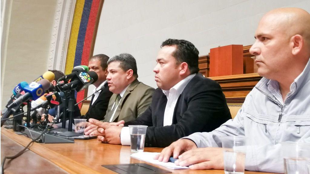 Луис Парра и соратники, Венесуэла