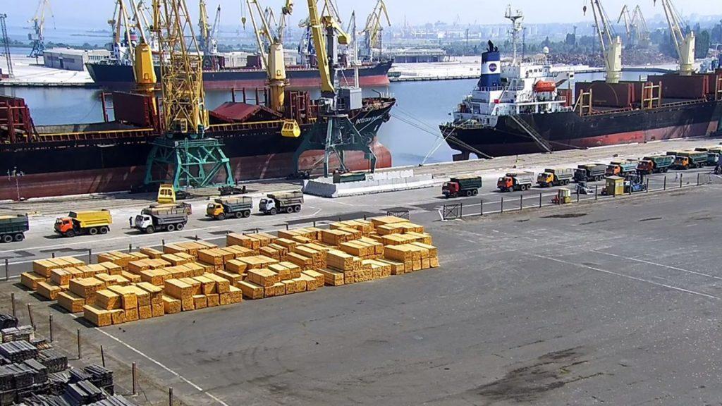 Катарская компания станет владельцем морского порта в Николаеве