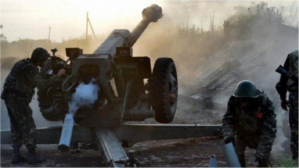 На фронтах Донбасса не стихает обострение