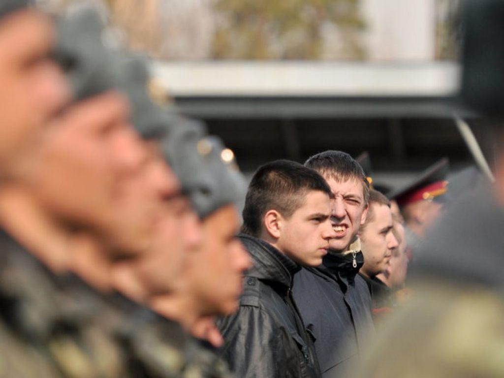 Пояснения об отсрочке получили украинские призывники от Минобороны