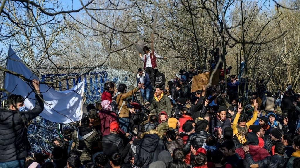 мигранты направляются из Турции Еврсоюз