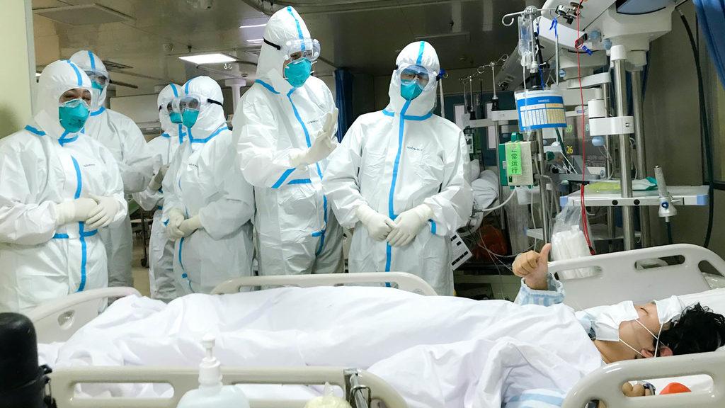 врачи в Китае исследуют коронавирус