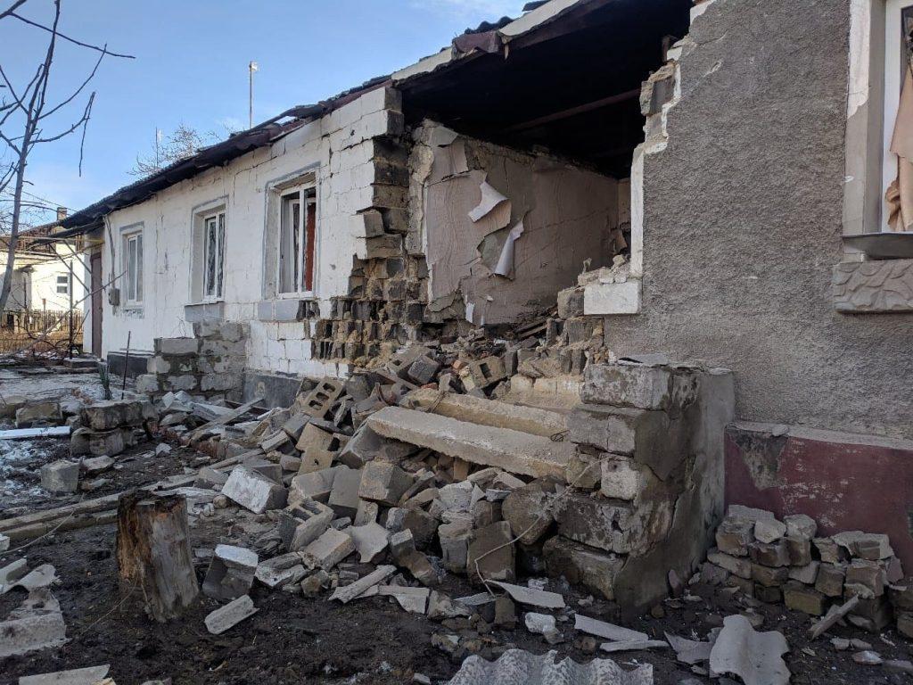 Обстрел ВСУ привёл к полному разрушению жилого дома в посёлке Донецкий