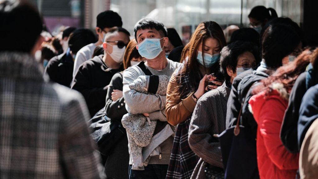 Евросоюз скорректировал положение о применении медмасок населением