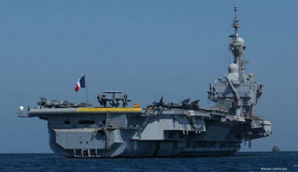 французский авианосец Шарль де Голль