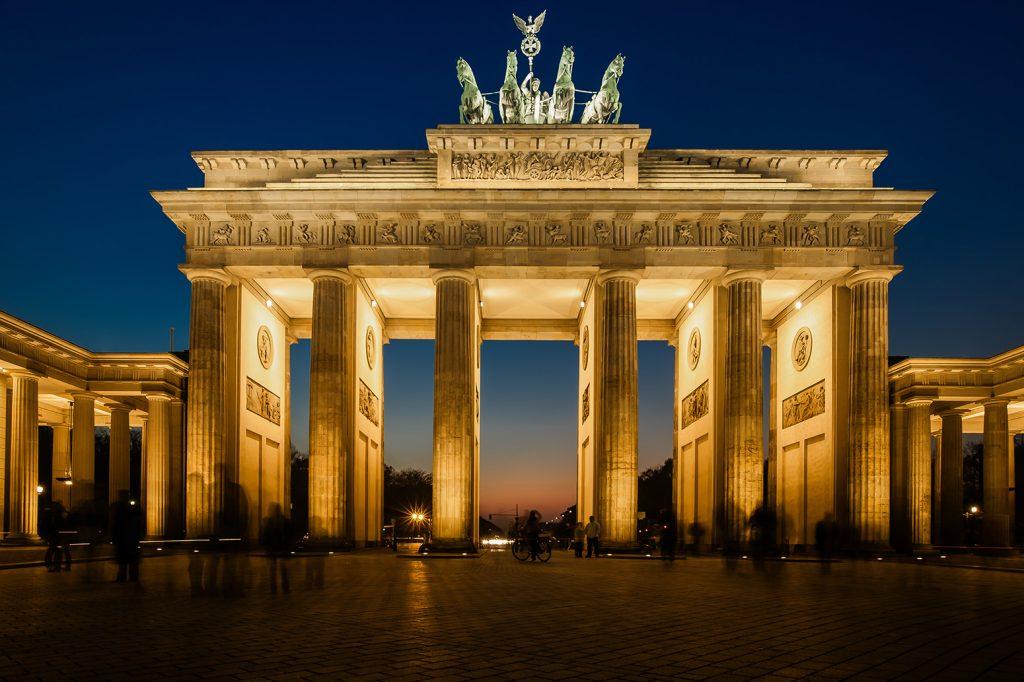 Еврокомиссия угрожает Германии санкциями