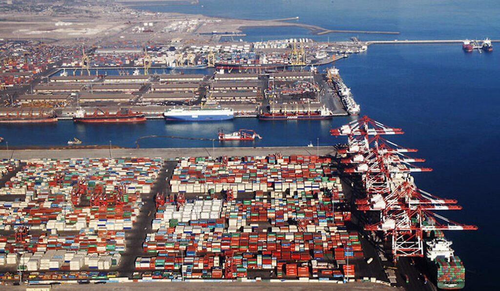 терминал в иранском порту Бандар-Аббас