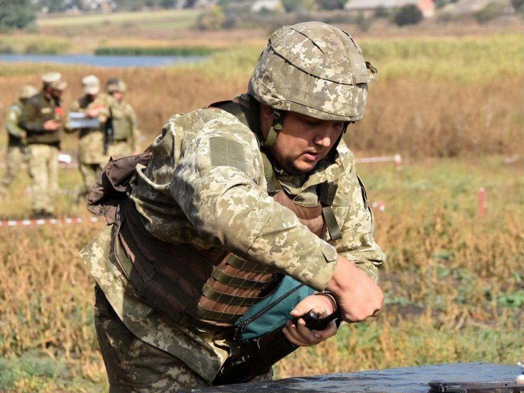 Разведка НМ ЛНР: Взвод боевиков ВСУ оставил позиции возле Золотого