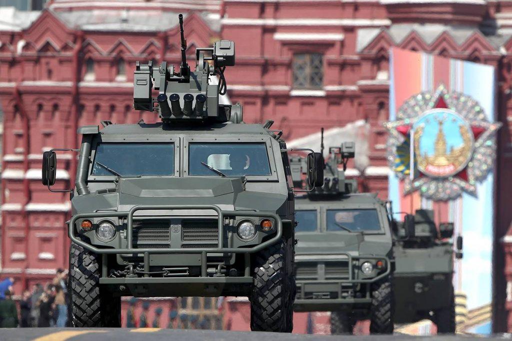 Рекордное число новой техники примет участие в юбилейном параде Победы