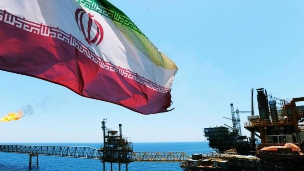 Экспорт иранской нефти через залив
