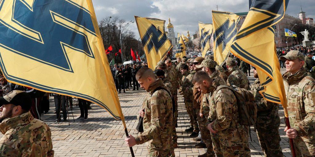 На людей блогера Шария объявили охоту неонацисты Нацкорпуса