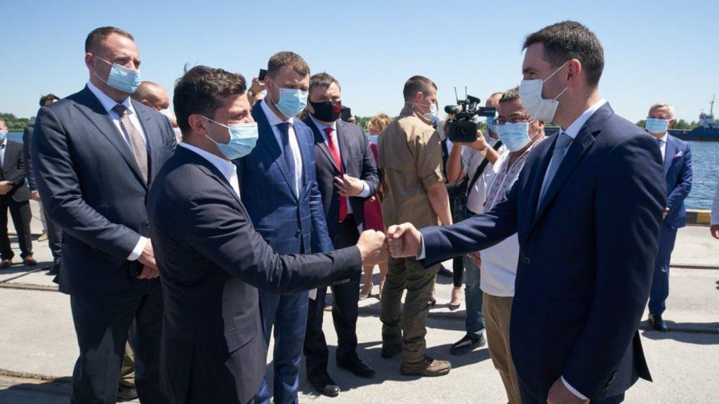 Эксперты: Зеленский заявлениями о возврате Крыма на Украину разводит демагогию