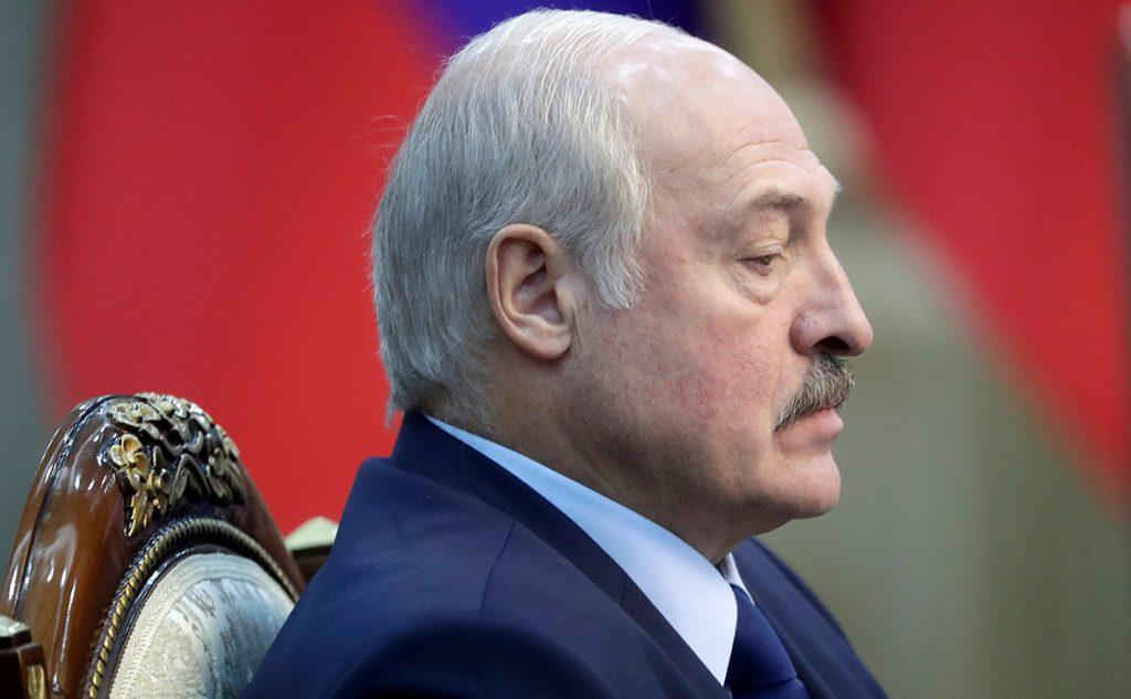 Глава Белоруссии рассказал о зависти к белорусам и усталости от президентства