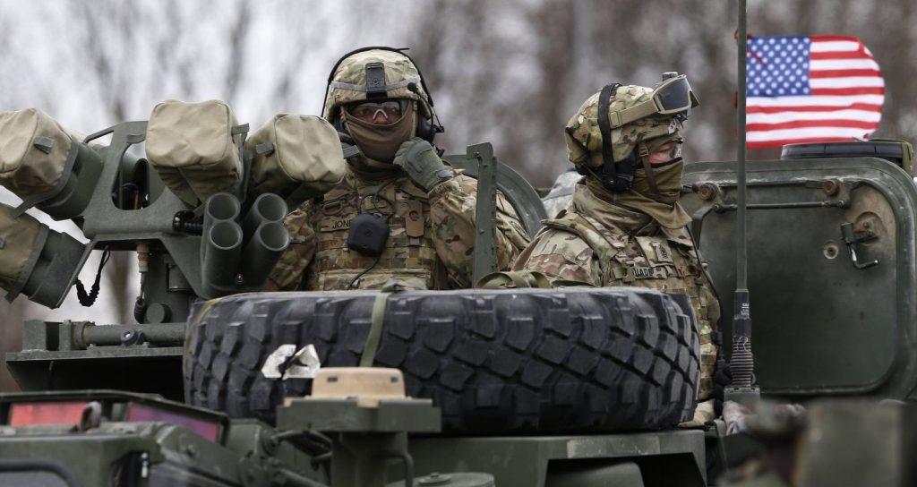 Грузовик ВС США в Польше перевернулся при столкновении с фурой