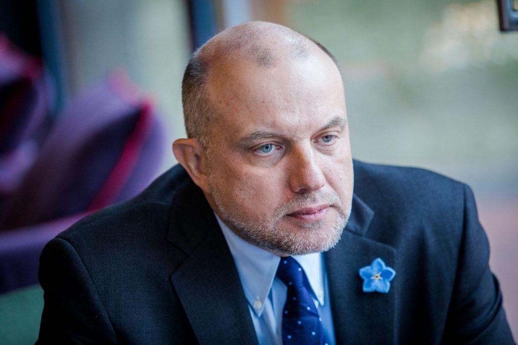 Глава Минобороны Эстонии призвал новобранцев видеть в России потенциального врага