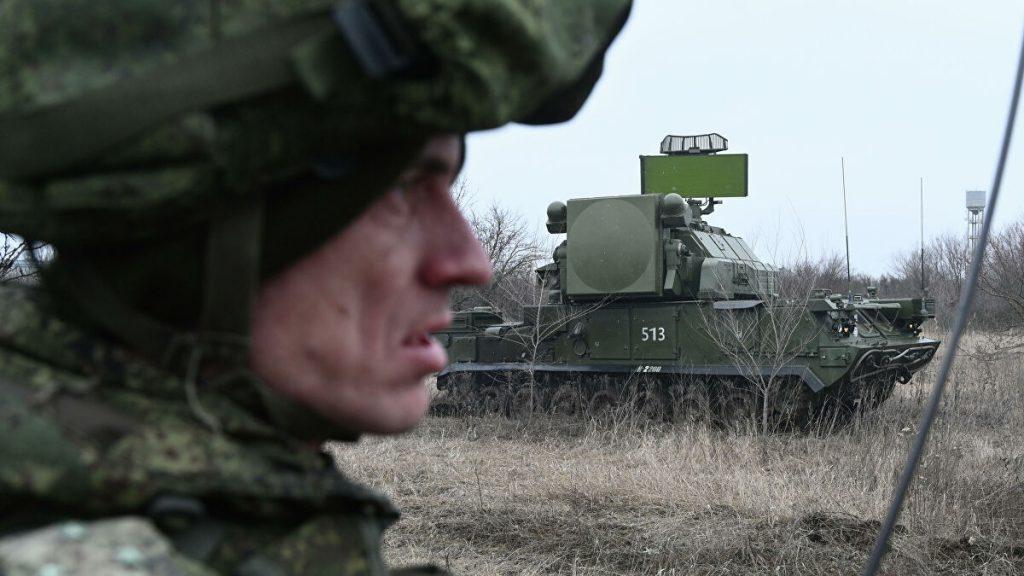 По приказу Главкома России войска Южного и Западного военных округов приведены в боеготовность