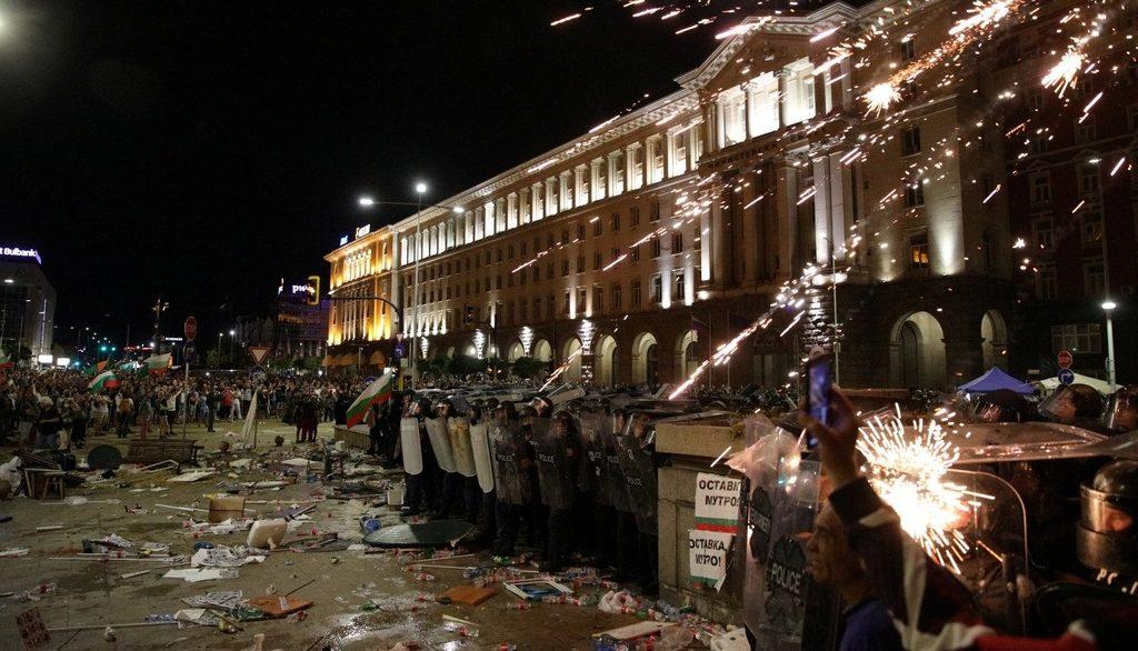 протесты в столице Болгарии август 2020 года