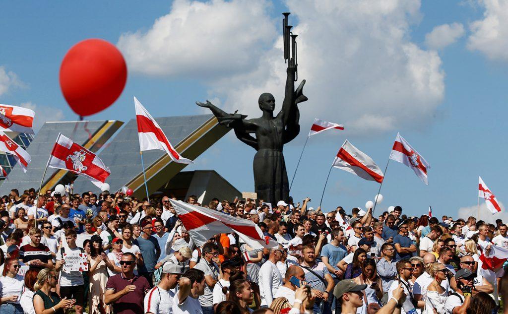 Глава ДНР: Белоруссия не должна скатиться до уровня Украины