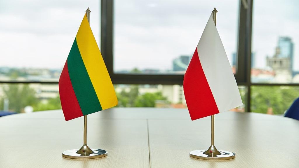 Беларусь покидают послы стран европейского союза  — Отзыв послов