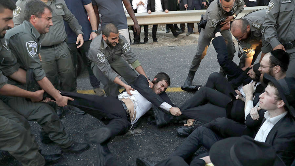 столкновения между ультраортодоксальными иудеями и полицией
