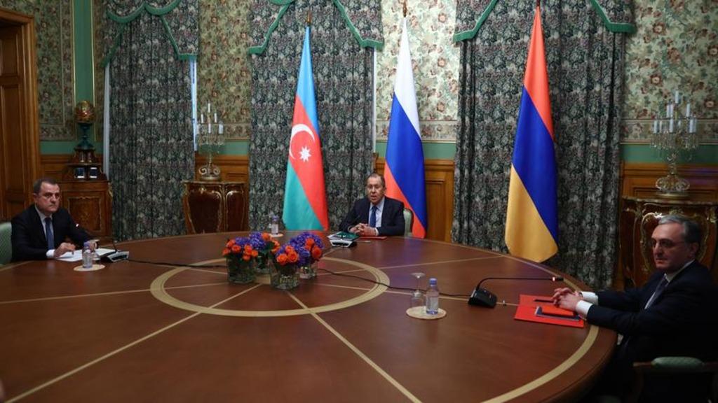 Лавров: Армения и Азербайджан договорились о прекращении огня